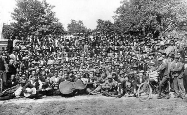 Banjaluka-01-proslava-1.-maja-1921.-godine-u-Trapistkoj-sumi